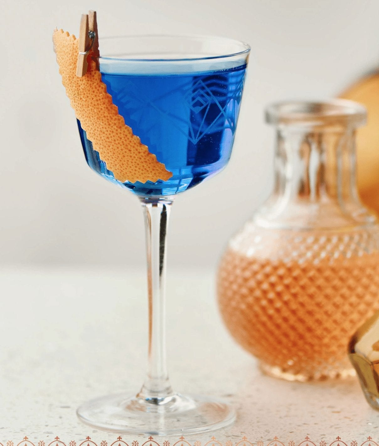 Showy Festive Holiday Cocktail-The Empress Classic Blue