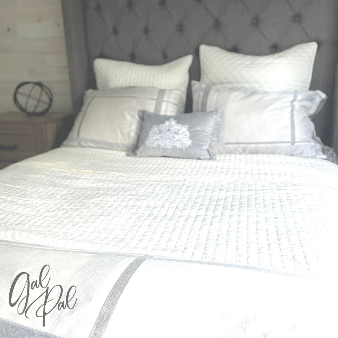 7 Ways To Style An Elegant Bed With A Coverlet